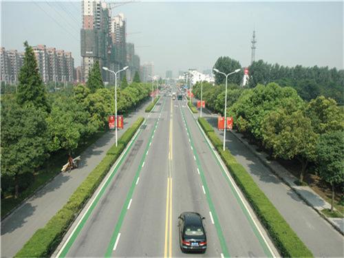 太阳湖大道三七东路道路改造工程